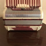 Piano Accordion 80 Bass